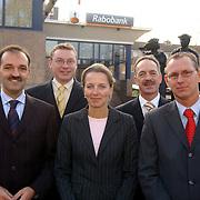 Rabobank Huizen medewerkers foto flyer, vlnr, Gert Jaap Lustig, Bernard Kemman, Margot van der Knaap, Cees Pastoor, Frits Bijlsma