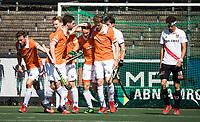 AMSTELVEEN  - Hockey -  1e wedstrijd halve finale Play Offs dames.  Amsterdam-Bloemendaal (5-5), Bl'daal wint na shoot outs.Bloemendaal heeft gescoord.  Tim Jenniskens (Bldaal) , Sander 't Hart (Bldaal) , Yannick van der Drift (Bldaal) , Roel Bovendeert (Bldaal).  COPYRIGHT KOEN SUYK