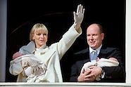 010715 Prince Albert II and Princess Charlene present twins