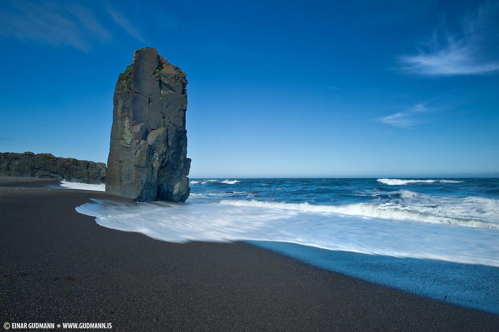 The sea has left it´s mark on the landscape along the shoreline