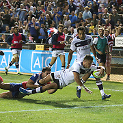 JP Eloff (10) of the United States scores a try during the 2016 Americas Rugby Championship match at Lockhart Stadium on Saturday, February 20, 2016 in Fort Lauderdale, Florida.  (Alex Menendez via AP)