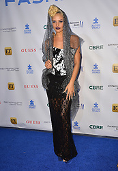 Ava Capra  bei der Autism Speaks La Vie En Blue Benefizgala in Burbank / 290916<br /> <br /> *** Autism Speaks La Vie En Blue Fashion Gala at Warner Bros. Studios, Burbank, USA, September 29, 2016 ***