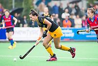 BILTHOVEN  - Hockey -  1e wedstrijd Play Offs dames. SCHC-Den Bosch (0-1).  Frederique Matla (Den Bosch)   met Sarah Jaspers (SCHC)     COPYRIGHT KOEN SUYK
