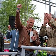 NLD/Almere/20120531 - Concert Racoon in the Sky, Racoon is blij te horen dat hun album platina is geworden