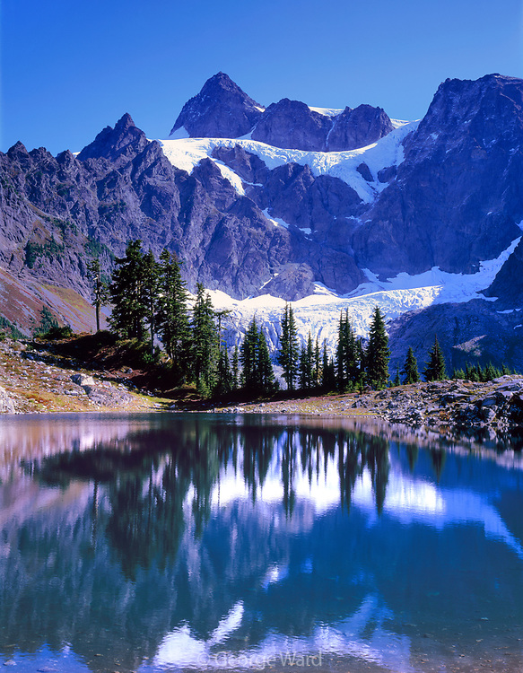 Lake Ann and Mount Shuksan, Mount Baker Wilderness, Mt. Baker-Snoqualmie Nat'l. Forest, Washington