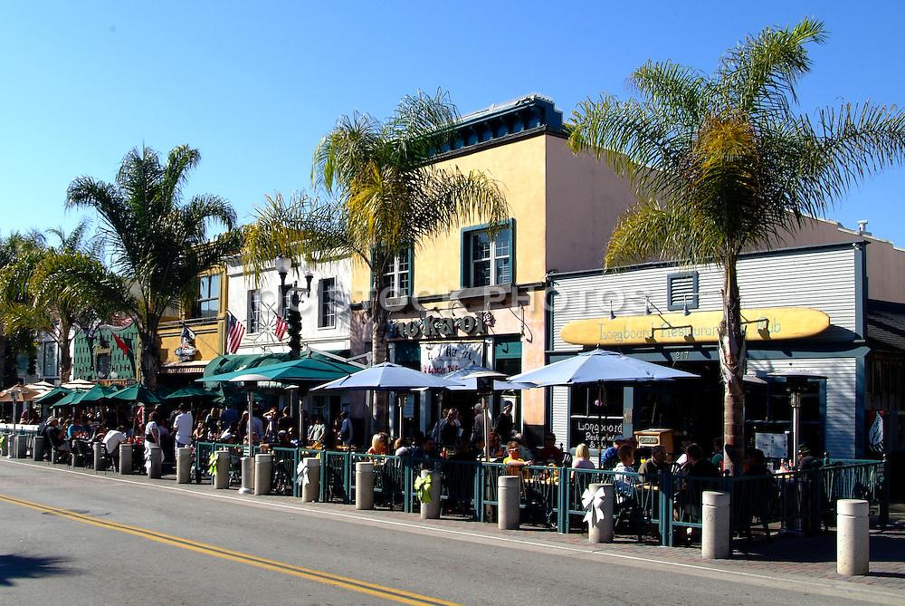 Outdoor Dining on Main Street in Huntington Beach