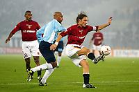 Roma 9/11/2003 <br />Roma Lazio 2-0 <br />Ousmane Dabo (Lazio) e Francesco Totti (Roma)<br />Foto Andrea Staccioli Graffiti