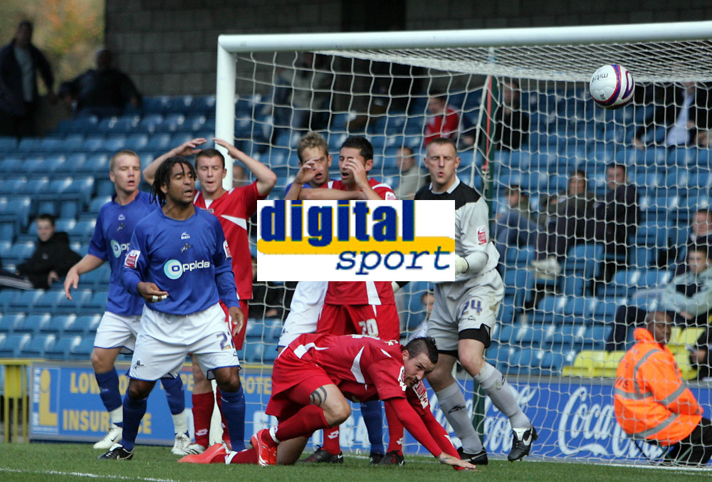 Photo: Rich Eaton.<br /> <br /> Millwall v Swindon Town. Coca Cola League 1. 29/09/2007. Swindon go close in the first half from a corner.