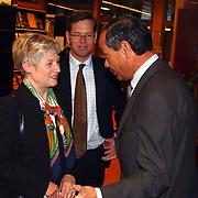 Minister Maria van der Hoeven spreekt op CDA bijeenkomst Huizen, burgemeester Jos Verdier