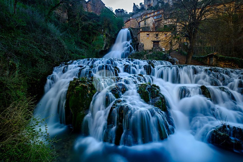 Orbaneja del Castillo. ( Castilla y Leon ) ©© Javier I. Sanchís / PILAR REVILLA
