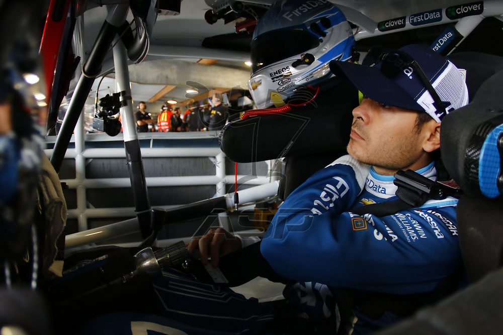 October 28, 2017 - Martinsville, Virginia, USA: Kyle Larson (42) straps into his car to practice for the First Data 500 at Martinsville Speedway in Martinsville, Virginia.