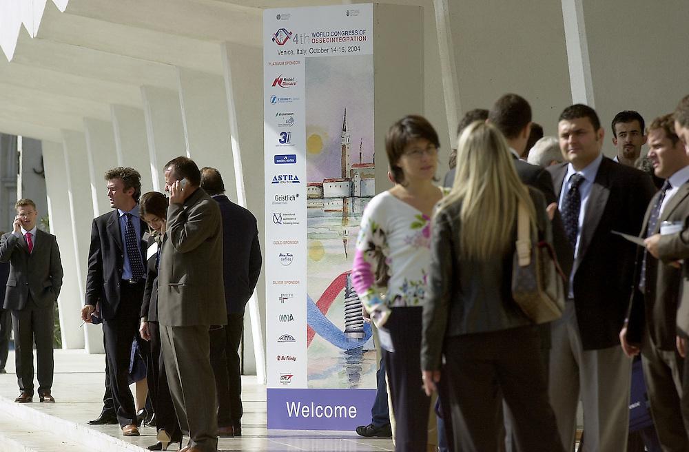 14 OCT 2004 - Lido di Venezia - 4th World Congress of Osseointegration.