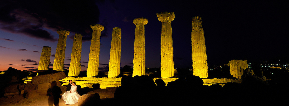 Hercules (Herakles) Temple. Valley of temples. Agrigento. Sicily. Italy. // Italie. Sicile. Agrigento. Vallée des Temples. temple d'Hercule (Herakles).