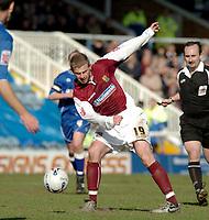 Photo: Ian Hebden.<br />Peterborough United v Northampton Town. Coca Cola League 2. 01/04/2006.<br />Northamptons Martin Smith fires in a shot.