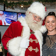 NLD/Naarden/20161003 - Trijntje Oosterhuis opent Sky Radio's Christmas station,