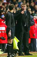 Photo: Scott Heavey, Digitalsport<br /> Aston Villa v Bolton Wanderers. Carling Cup Semi-final, second leg. 27/01/2004<br /> Sam Allardyce barks at the linesman