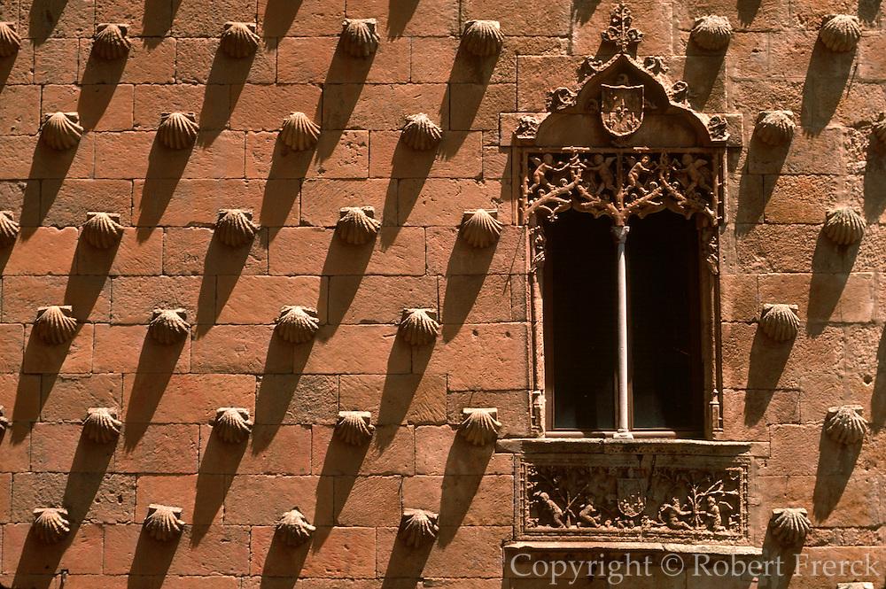 SPAIN, CASTILE, SALAMANCA Casa de las Conches, 16thc, mansion
