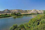 Badlands along the Red Deer River<br /> Red Deer River badlands<br /> Alberta<br /> Canada<br /> Red Deer River badlands near Empress<br /> Alberta<br /> Canada