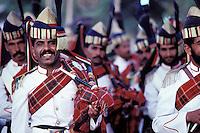 Pakistan, Balouchistan, Sibi, Foire aux chameaux, Défilé des corps de l'armée pakistannaise // Pakistan, Balouchistan, camel fair of Sibi, pakistan army on traditional costume