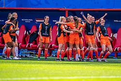 15-06-2019 FRA: Netherlands - Cameroon, Valenciennes<br /> FIFA Women's World Cup France group E match between Netherlands and Cameroon at Stade du Hainaut / Renate Jansen #13 of the Netherlands, Daniëlle van de Donk #10 of the Netherlands, Victoria Pelova #12 of the Netherlands