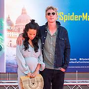 NLD/Amsterdam/20190702 - Filmpremiere Spider-man: Far From Home, Chloe Leenheer met partner