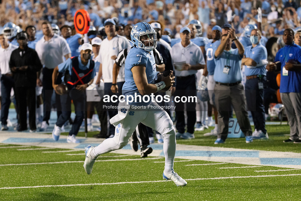 CHAPEL HILL, NC - SEPTEMBER 11: Sam Howell #7 of the North Carolina Tar Heels plays during a game against the Georgia State Panthers on September 11, 2021 at Kenan Stadium in Chapel Hill, North Carolina. North Carolina won 59-17. (Photo by Peyton Williams/Getty Images) *** Local Caption *** Sam Howell