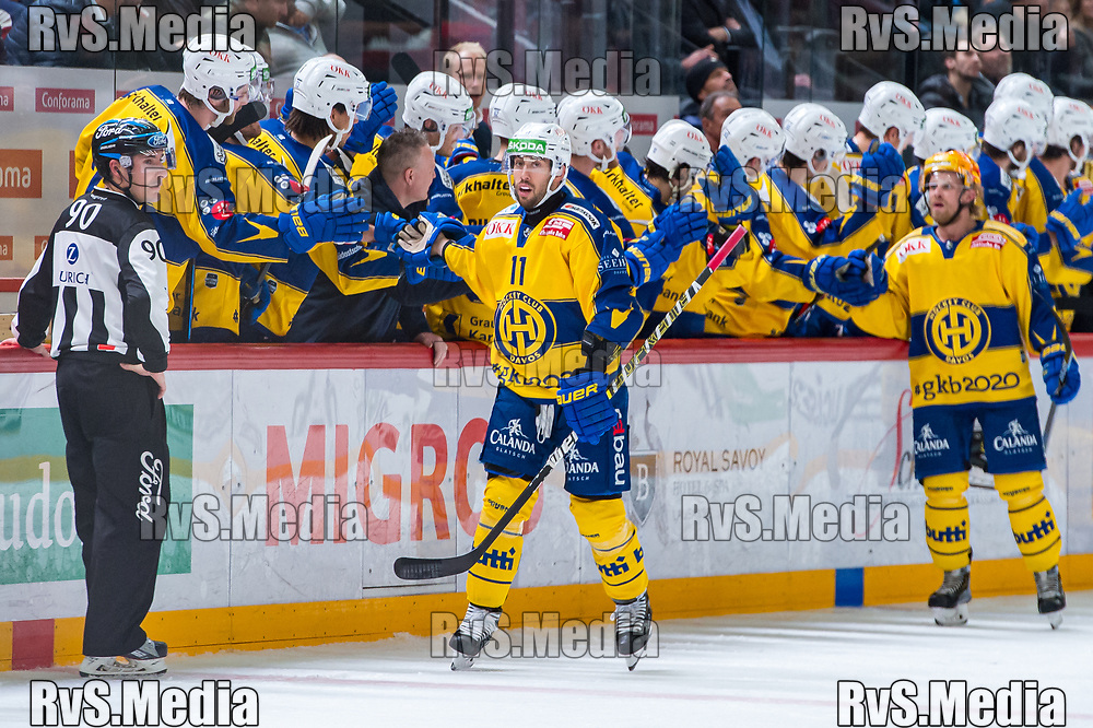 LAUSANNE, SWITZERLAND - NOVEMBER 05: Aaron Palushaj celebrates his goal with teammates during the Swiss National League game between Lausanne HC and HC Davos at Vaudoise Arena on November 5, 2019 in Lausanne, Switzerland. (Photo by Robert Hradil/RvS.Media)