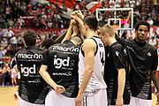 DESCRIZIONE: Milano Lega A 2014-15 <br /> EA7 Emporio Armani Granarolo Bologna<br /> GIOCATORE: granarolo bologna<br /> CATEGORIA: before pregame<br /> SQUADRA: Granarolo Bologna<br /> EVENTO: Play-off quarti di finale gara 2 2014-2015<br /> GARA: EA7 Emporio Armani Granarolo Bologna<br /> DATA: 20/05/2015<br /> SPORT: Pallacanestro<br /> AUTORE: Agenzia Ciamillo-Castoria/A. Ossola<br /> Galleria: Lega Basket A 2014-2015<br /> Fotonotizia: Milano Lega A 2014-15 <br /> EA7 Emporio Armani Granarolo Bologna