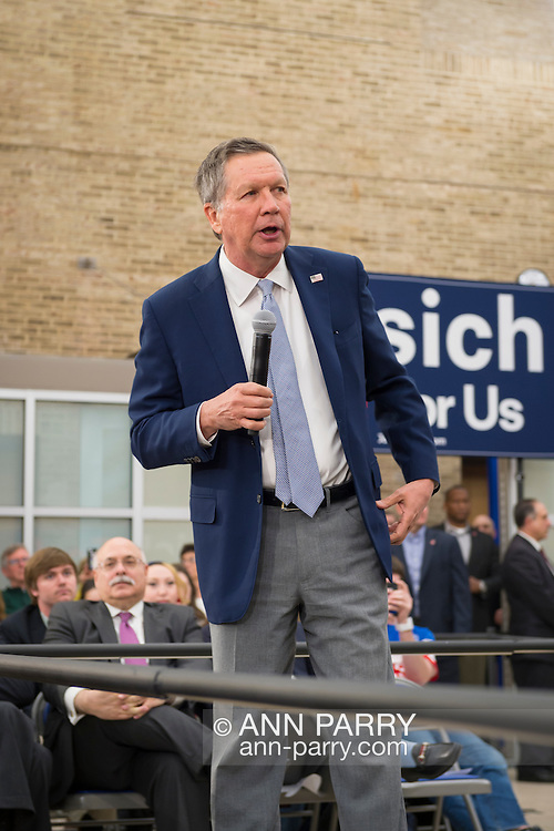 Hempstead, New York, USA. April 4, 2016. JOHN KASICH, Republican presidential candidate and governor of Ohio, speaks surrounded by an audience, as he hosts a Town Hall at Hofstra University David Mack Student Center in Long Island. The New York primary is April 19, and Kasich is the first of the three GOP presidential candidates to campaign in Nassau and Suffolk Counties, and is in third place in number of delegates won.