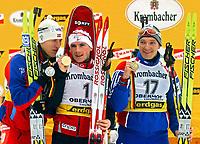 Skiskyting<br /> VM i Oberhof, fellesstart menn<br /> 15. februar 2004<br /> Foto: Digitalsport<br /> Norway Only<br /> Lars Berger, Raphael Poiree, Sergei Konovalo