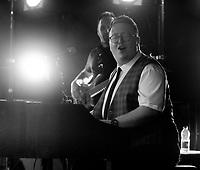 Tom Seals Band  live at the Picnic at the Palace at  Blenheim Palace ,woodstock oxfordshire 15 aug 2020 Photo by Brian Jordan