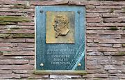 Nederland, Arnhem, 9-4-2013Details over dierentuin Burgers Zoo ter gelegenheid van het 100-jarig bestaan. Plaquette van de oprichter van het diertenpark, Johan Burgers.Foto: Flip Franssen/Hollandse Hoogte