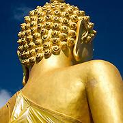 Rear detail of huge golden buddha statue at Wat Chinnowong (Maewang district, Thailand - Nov. 2008) (Image ID: 081130-1412021a)