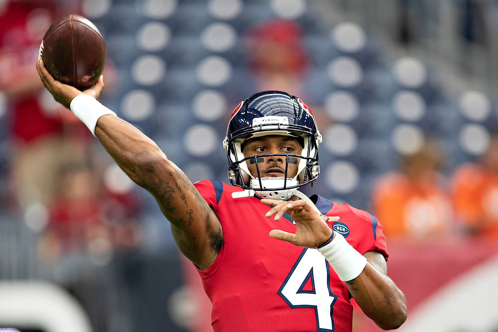 HOUSTON, TX - DECEMBER 8:  Deshaun Watson #4 of the Houston Texans warms up before a game against the Denver Broncos at NRG Stadium on December 8, 2019 in Houston, Texas.  The Broncos defeated the Texans 38-24.  (Photo by Wesley Hitt/Getty Images) *** Local Caption *** Deshaun Watson