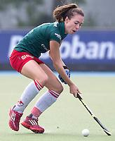 UTRECHT - Aimee de Beaumont  van MOP, tijdens de hoofdklasse hockeywedstrijd tussen de vrouwen van Kampong en MOP (3-2). COPYRIGHT KOEN SUYK