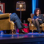 NL/Baarn/20201126 - Minister Van Engelshoven te gast bij Theater Thuis.nl, Frits Sissing intervieuwt minister van Engelshoven