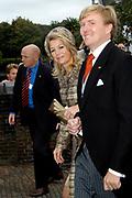 Zijne Hoogheid Prins Floris van Oranje Nassau, van Vollenhoven en mevrouw mr. A.L.A.M. Söhngen zijn zaterdag 22 oktober in de kerk van Naarden in het  huwelijk getreden. De prins is de jongste zoon van Prinses Magriet en Pieter van Vollenhoven.<br /> <br /> Church Wedding Prince Floris and Aimée Söhngen. <br /> <br /> Church Wedding Prince Floris and Aimée Söhngen in Naarden. The Prince is the youngest son of Princess Margriet, Queen Beatrix's sister, and Pieter van Vollenhoven. <br /> <br /> Op de foto / On the photo;<br /> <br /> <br /> <br /> Hare Koninklijke Hoogheid Prinses Máxima der Nederlanden<br /> Zijne Koninklijke Hoogheid de Prins van Oranje Willem Alexander<br /> <br /> Her royal highness princess Máxima of the The Netherlands