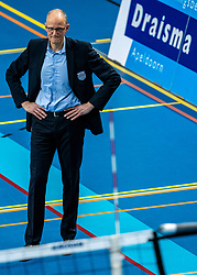 Coach Redbad Strikwerda of Dynamo in action during the league match between Draisma Dynamo vs. Amysoft Lycurgus on March 13, 2021 in Apeldoorn.