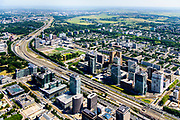 Nederland, Noord-Holland, Amsterdam-Zuid, 29-06-2018; Zuidas gezien vanuit Amsterdam-Zuid met World Trade Centre WTC. Station Amsterdam Zuid-WTC, Zuidplein, Gustav Mahlerplein, hoofdkantoor ABM AMRO. Atrium gebouw.<br /> Financial district South Axis.<br /> <br /> luchtfoto (toeslag op standard tarieven);<br /> aerial photo (additional fee required);<br /> copyright foto/photo Siebe Swart
