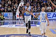 DESCRIZIONE : Beko Legabasket Serie A 2015- 2016 Dinamo Banco di Sardegna Sassari - Pasta Reggia Juve Caserta<br /> GIOCATORE : Jarvis Varnado David Logan<br /> CATEGORIA : Fair Play Ritratto Esultanza<br /> SQUADRA : Dinamo Banco di Sardegna Sassari<br /> EVENTO : Beko Legabasket Serie A 2015-2016<br /> GARA : Dinamo Banco di Sardegna Sassari - Pasta Reggia Juve Caserta<br /> DATA : 03/04/2016<br /> SPORT : Pallacanestro <br /> AUTORE : Agenzia Ciamillo-Castoria/L.Canu