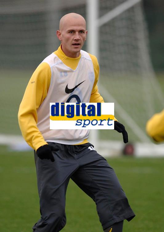 Photo: Daniel Hambury.<br />Arsenal Training Session. 06/12/2005.<br />Pascal Sygan during training ahead of tomorrows Champions League game against Ajax.