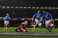 George North of Wales scores his teams 2nd try. Wales v Italy , NatWest 6 nations 2018 championship match at the Principality Stadium in Cardiff , South Wales on Sunday 11th March 2018. pic by Andrew Orchard, Andrew Orchard sports photography