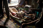 NOUVELLE CALEDONIE, HIENGHENE, Tendo - Aout 2013  - Coutume Kanak -  Deuil Kanak - Préparation de la coutume qui sera offerte aux tontons maternels.