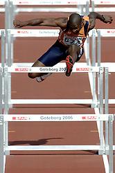 11-08-2006 ATLETIEK: EUROPEES KAMPIOENSSCHAP: GOTHENBURG <br /> Eugene Martineau begon de tweede dag van de tienkampers in Göteborg sterk. De Limburger liep met 14,92 seconden een persoonlijk record op de 110 meter horden<br /> ©2006-WWW.FOTOHOOGENDOORN.NL
