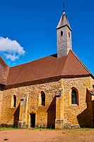 France, Loire (42), Charlieu, cloitre de l'Abbaye bénédictine Saint-Fortuné // France, Burgundy, Loire, Charlieu, cloister of the Saint-Fortuné abbey