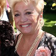 NLD/Laren/20070829 - Huwelijk Willibrord Frequin en Susanne Rastin, Corry van Gorp