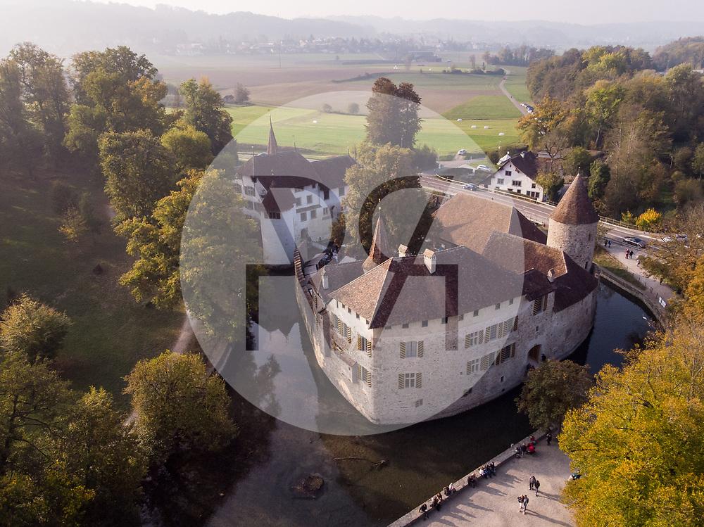 SCHWEIZ - SEENGEN - Mosttage und Herbstmarkt im Schloss Hallwyl - 21. Oktober 2018 © Raphael Hünerfauth - http://huenerfauth.ch