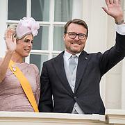 NLD/Den Haag/20190917 - Prinsjesdag 2019, Prinses Laurentien, Prins Constantijn op het balkon van het paleis