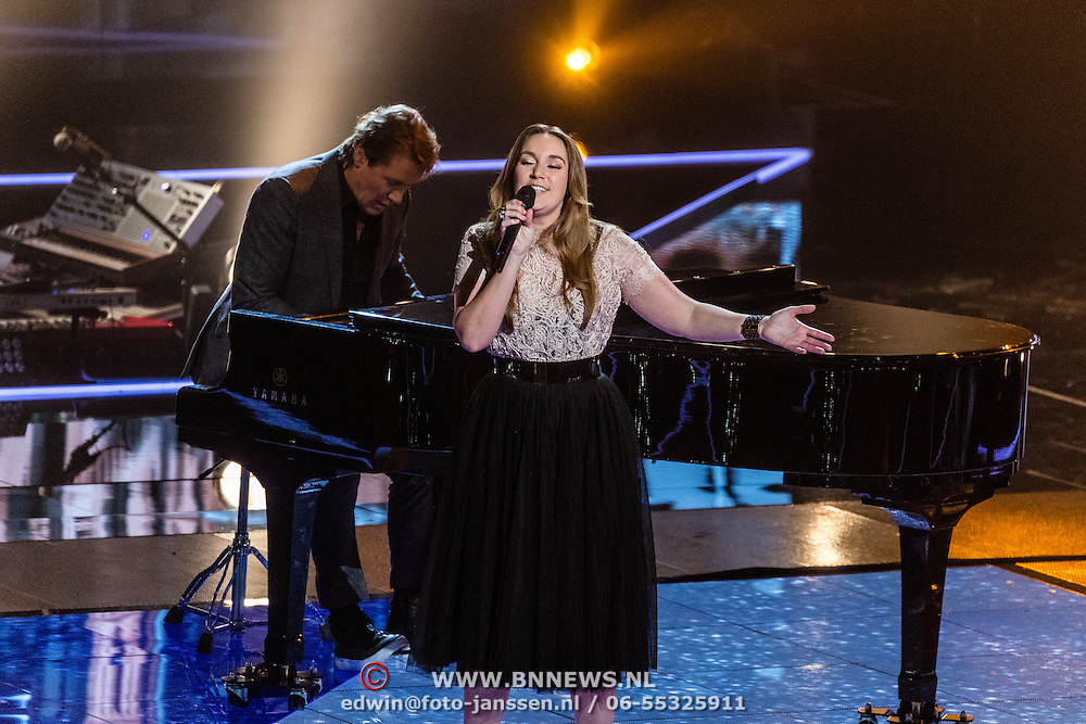 NLD/Hilversum/20170120 - 2de liveshow The Voice of Holland 2017, Katell Chevalier