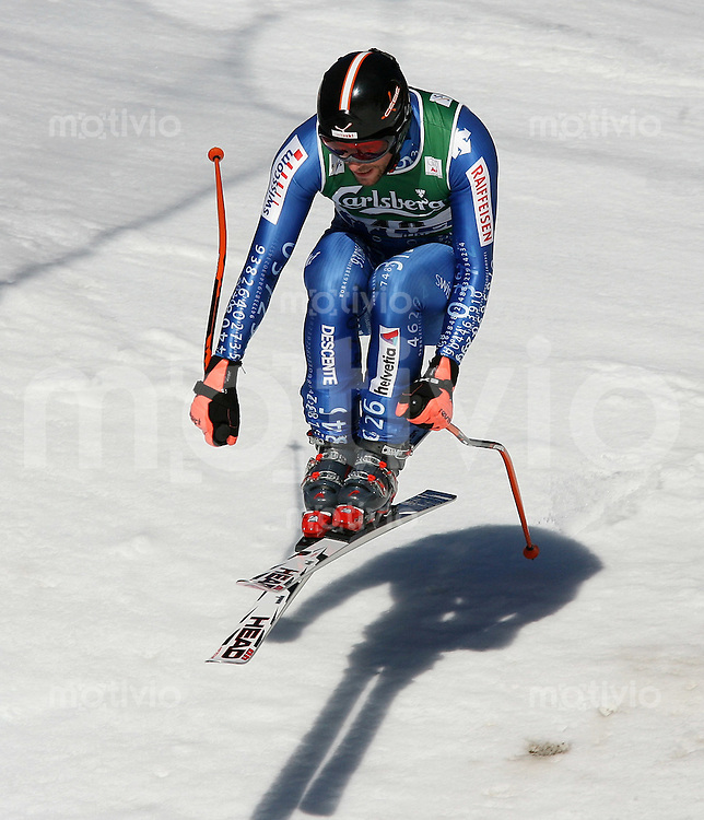 Ski Alpin; Saison 2006/2007  77. Weltcup Abfahrt Herren Beni Hofer (SUI) am Hundschopfsprung